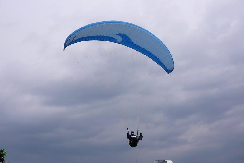 Práve si prezeráte obrázky z kategórie: Paragliding